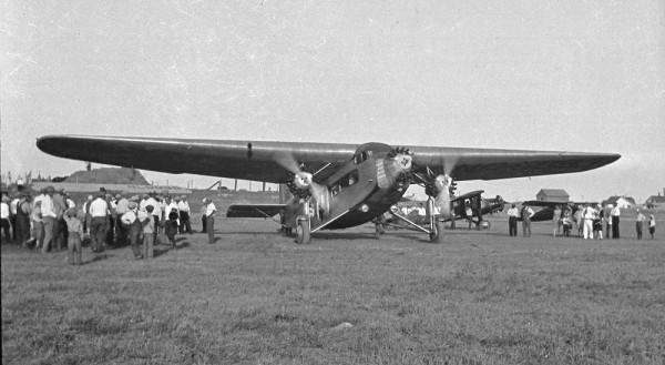Ford Tri-Motor Margie & Bill flew in at Wolf Point Celebration 1929